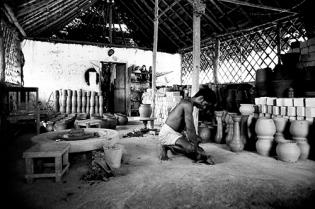 1976, Mitraniketan, Kerala, potter Sachy blogcolumn