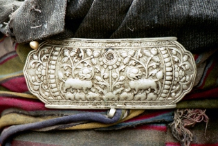 Traditional Tibetan silver buckle, with animal and floral motifs, Tibet 1996