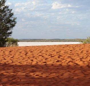 DSC00220 - Salt lake near Mount Conner - Central Australia 2013 blogcolumn